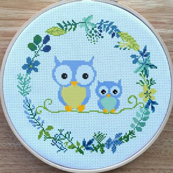 owl wreath cross stitch pattern kit, happy cross stitch, leia patterns
